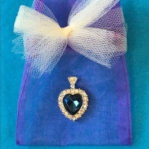 Jewelry - Beautiful Blue Heart Necklace zz stones